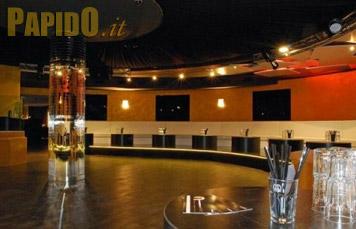 Fotografie discoteca oronero love and music bergamo for Case capodanno bergamo