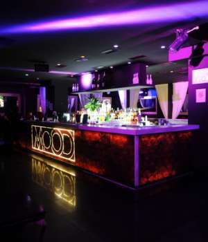 Mood club discoteca milano for Arredamento club prive
