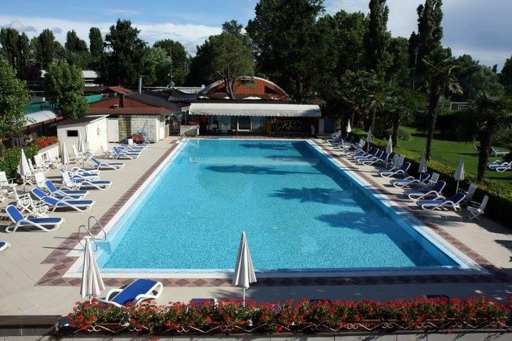 Capodanno master club piscina e ristorante torino 2018 - Capodanno in piscina ...